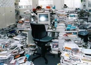 messy-office-031